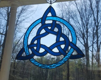 Stained Glass Whimsical Trinity Knot in Shades of Blue