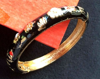 5 different colours and patterns enamel Cloisonne beautifully decorated with flowers with spring clasp bangle