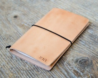 Leather journal cover, moleskine / fieldnotes notebook cover, moleskine holder (notebooks not included).