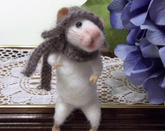 Needle Felted Mouse Soft Sculpture Collectible Miniature Home Decor