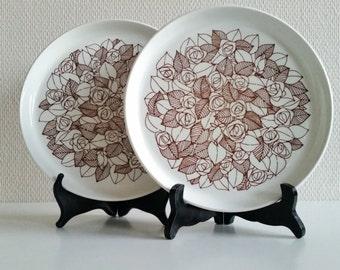 Stig Lindberg design Rosenfält- dinner plate by Gustavberg Sweden  - mid century 60s