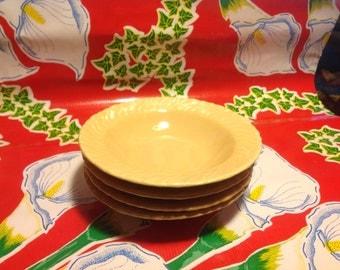 Vintage set of 4 Coronado swirl beige dessert bowls