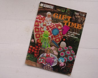 Patons Gift Time Crochet Knitting Project Book - Patons 190 - Crica 1970