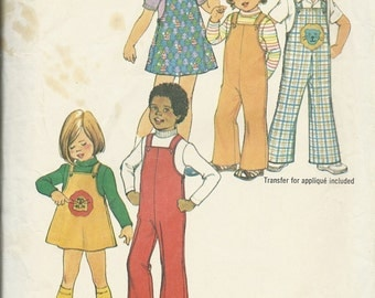 Simplicity 7367    Childs Short Jumper, Overalls and Top   Size 3   C1976