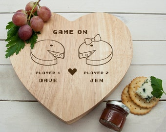 Retro 'Game On' Couples' Heart Cheese Board - Valentine's Day Gift - Pac Man - Gamers - Romantic - Cheese Gift Set - FREE UK DELIVERY