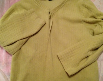 Vintage pastel/light lime green sweater/jacket baggy for yoga/sports