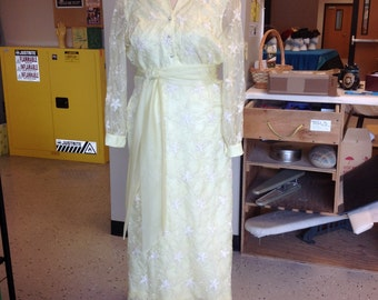 Size 18 Late 70's to Early 80's Lemon Yellow Mother of the Bride or Formal Gown / Dress
