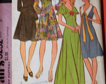 Vintage dress pattern McCall's 3252 High waisted dress Size 7