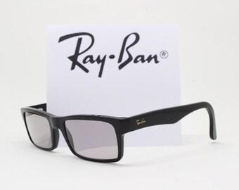 Ray Ban Wayfarer glasses. Classic black frame. Horn rimmed spectacles. Raybans, Ray-Ban, Ray bans, Rayban, original.