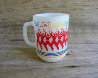 Vintage Anchor Hocking Milk Glass Mug / Vintage Tennis Mug / Live Love Laugh Play Mug / Anchor Hocking Live Laugh Love Mug