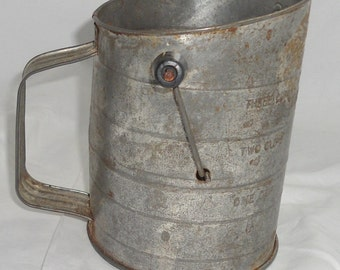 Vintage Flour Measuring Sifter - Bromwells/Made in the USA - Great Condition