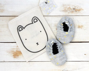 Stars grey reversible baby shoes
