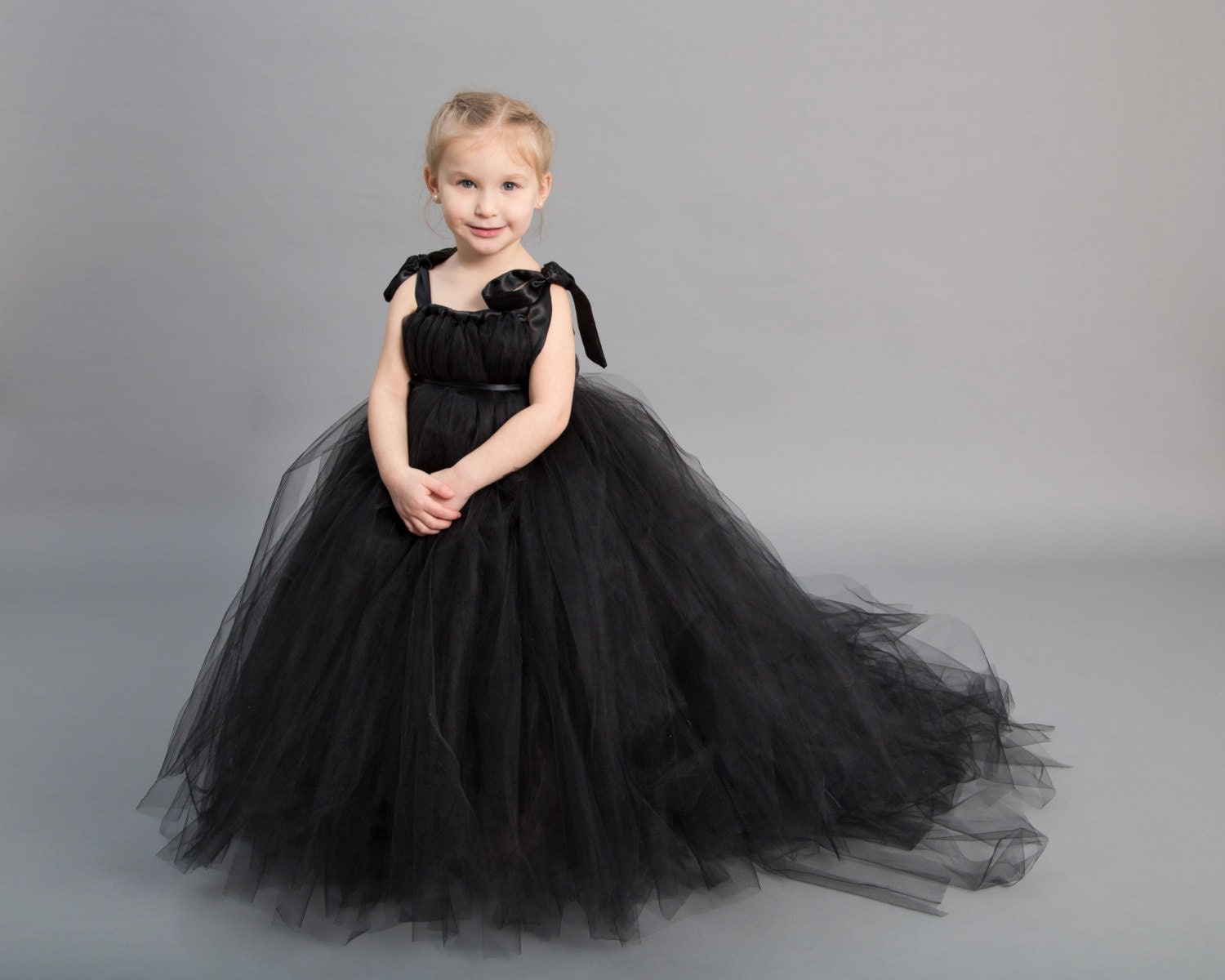 Flower girl dress Tulle flower girl dress Black Dress