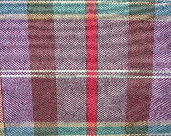 Heavy woven cotton in bold plaid