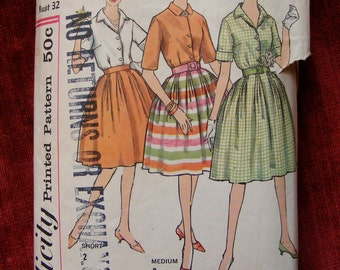 """Mid Century Misses' Blouse / Skirt Simplicity Sewing Pattern 4337 Size 12 Bust 32"""""""