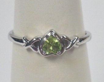 Heart Shape Natural Peridot Ring 925 Sterling Silver
