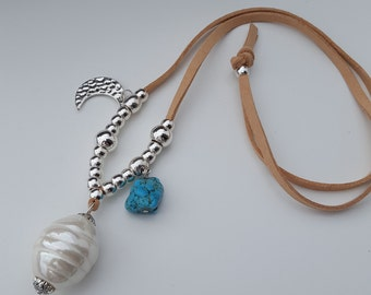 long necklace with turquise and ceramic pearl