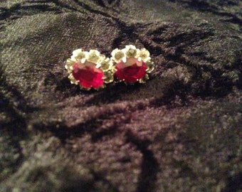 Vintage Sterling Silver Red and Clear Rhinestone Screw Back Earrings