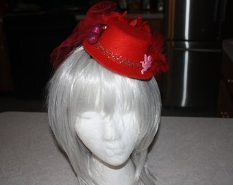Valentine's Day Red Mini Top Hat Fascinator