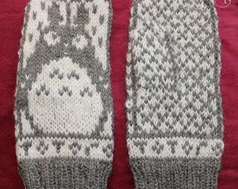 Totoro mittens