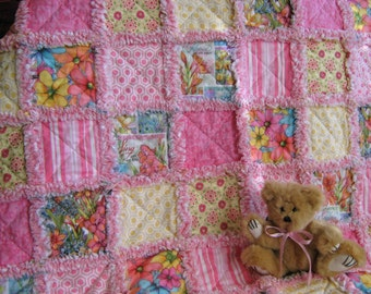 Pastel floral rag quilt for baby girl