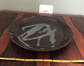 Pottery plate