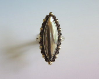 Taxco Abalone Ring, Vintage, Shell & Sterling Silver, Stamped Sterling *0925* Taxco, Filigree Beaded Rim, Beautiful!