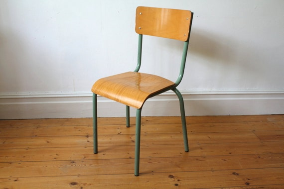 Mullca model 511 vintage french school chair for Chaise mullca 511