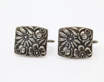 Vintage Towle Contessina Rectangular Screw-Back Earrings in Sterling Silver. [9663]