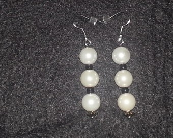 White Pearl & Black Beads Earrings Set made with Glass Beads