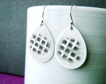 Hammered oxidized sterling silver teardrop earrings Bohemian earrings Silver charm teardrops Textured silver earrings Modern design jewelry
