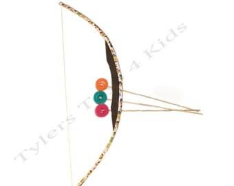 Minions PVC Bow and Arrow Set, 1 bow 3 arrows