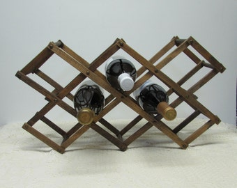 Wooden Wine Rack ~ Expandable ~ Hold 8 bottles
