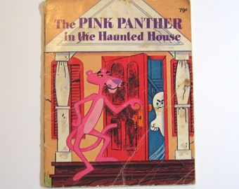 The Pink Panther in the Haunted House. Vintage kids book Golden Book 1975.