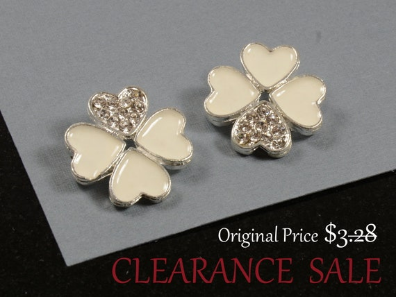 SALE - Clover Charms/ Beads with White Enamel and Clear Rhinestone in Rhodium plating - 2 pcs/ order