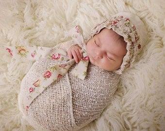 TattyRose Ruffled Bonnet, Newborn photo prop, Newborn Posing, newborn Bonnet, Photo Prop, UK seller