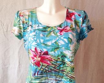 T Shirt vintage, blue background, exotic pattern, Alain Manoukian, T 40 / 42.