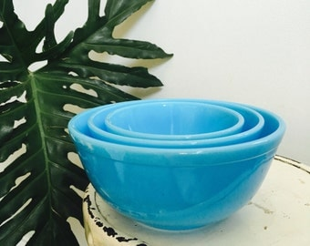 Azul Glass Mixing Bowl Set