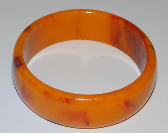 Bakelite Bangle Bracelet Butterscotch Red Swirl Vintage Bangle Stunning Excellent Condition