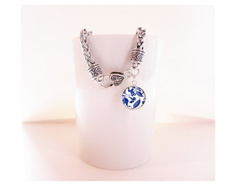 Blue and White Porcelain Pattern Silver Charm Bracelet  Heart Clasp Bracelet with Pendant