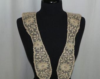 Victorian Edwardian Beige Net Lace Collar Limerick Lace Lappet Collar