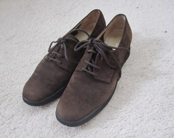 Vintage SALVATORE FERRAGAMO Suede Leather Classic Oxford Size 36 (Us 6.5 AA) Brown Tie Shoes Oxford Flats New and Never Worn