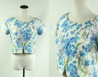 1950s Blue Floral Short-sleeved Crop-top