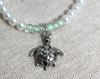 Silver Turtle Charm Beaded Bracelet White and Green, Turtle Charm Bracelet, Turtles, Beaded Bracelet, Adjustable, Elastic, Metal Charm