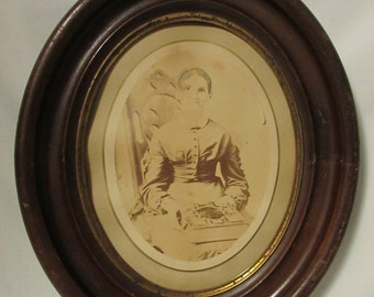 Antique Oval Wood Frame, BEAUTIFUL, 1920's Or Earlier