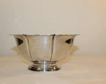 Round Silver Plate Bowl with Fluted Edges and Pedestal Base – Bristol Silver Plate