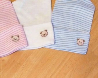 Newborn Hospital Hats with Teddy Bear Applique! You choose Hat Color. Perfect for New Baby. Newborn Hospital Beanie. Simple and Sweet. Cute!