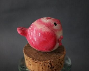 smoll pink birdy