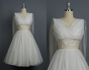 Vintage 1950s wedding dress // 50s chiffon wedding gown // White gown