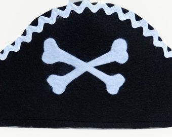 Pirate hat, pretend play, Halloween costume, boys costume, costume, black/white pirate hat